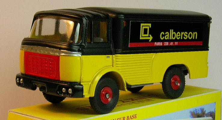 Camion Berliet GAK fourgon Calberson Dinky Toys N°588