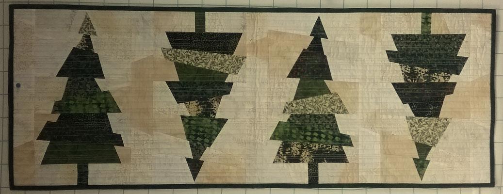 Crazy Christmas Trees- Bernhild Schröder 2018, Anleitung von Karla Alexander für Cut Loose Press