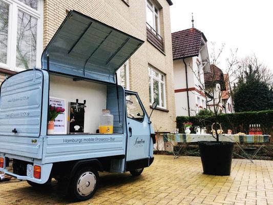 Unsere mobile Bar auf unserer Auffahrt in Hamburg Marienthal