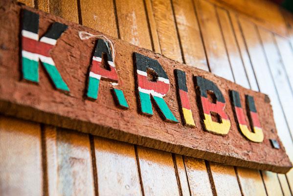Karibu heißt Willkommen in Kisuaheli