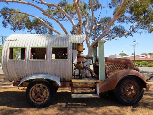 Erster Dorfomnibus