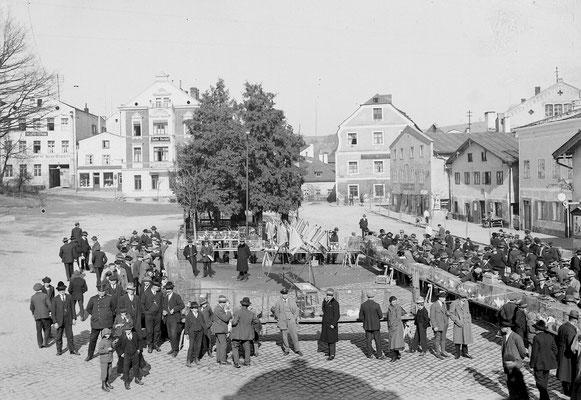 Taubenmarkt am Stadtplatz
