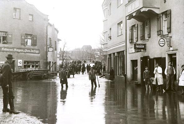 Überschwemmung am Platzl, kein neues Problem!