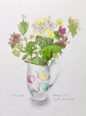 Annette Fienieg: Posy in a little German jug; 3-5-2021