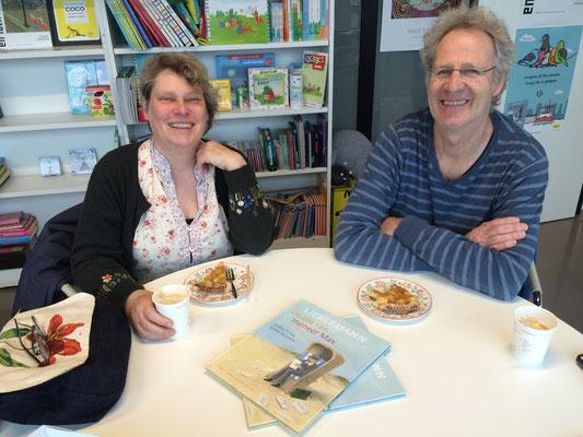 Koos en Annette bij uitgeverij Leopold