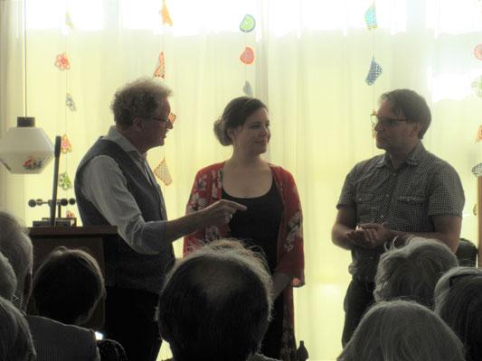 Len Borgdorff in gesprek met Ellen Deckwitz en Edward v d Vendel
