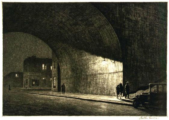 Martin Lewis: Arch, midnight