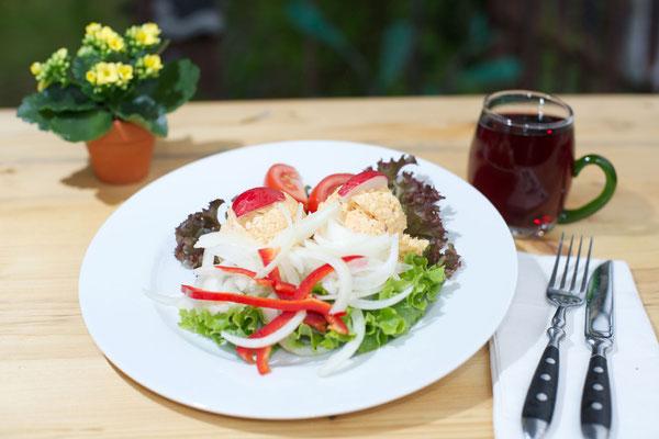 Essen und Trinken im Kirchheimer Hirschgarten - der Biergarten unter Kastanien - 3
