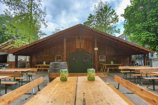 Der Kirchheimer Hirschgarten - Biergarten unter Kastanien - 41