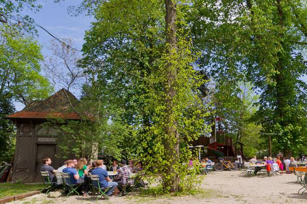Der Kirchheimer Hirschgarten - Biergarten unter Kastanien - 7