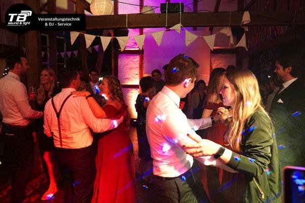 DJ für Hochzeit im Gasthaus Bockenbusch Neunkirchen Seelscheid buchen