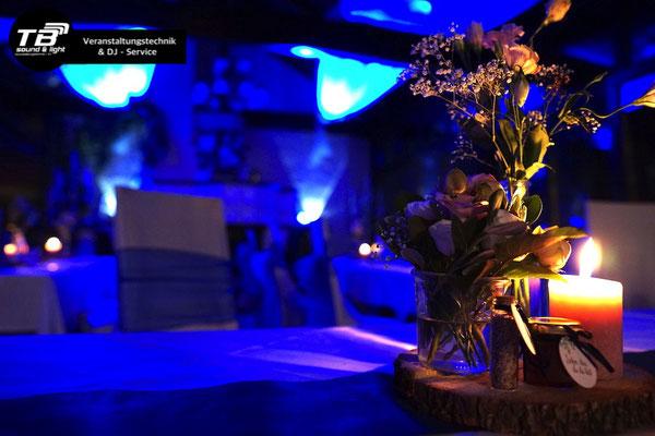 Hochzeits Dj im Waldcafe Bonn - indirekte Beleuchtung
