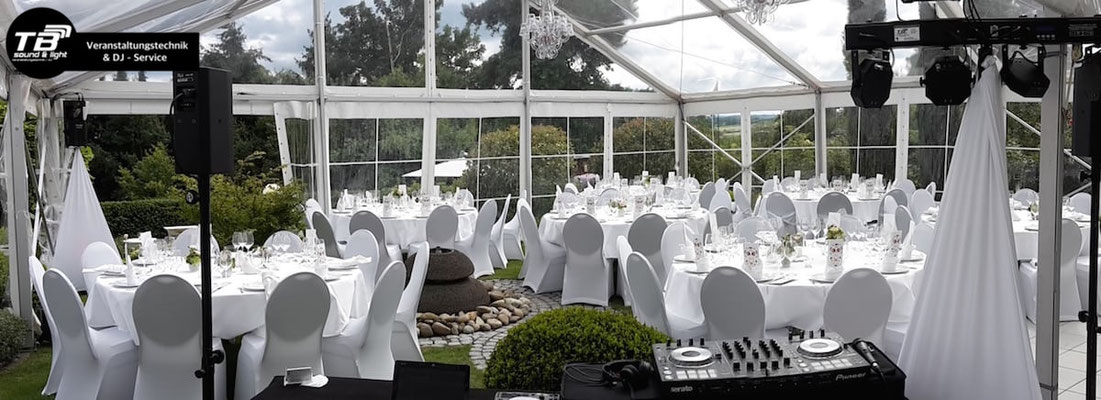 Hochzeits DJ Alfter - Feier im eigenen Garten + gläsernes Festzelt