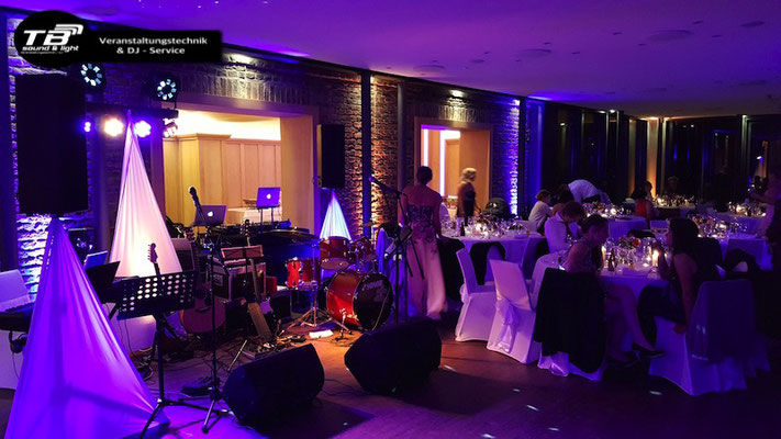 Hochzeits DJ Heimerzheim im Burgpavillon der Burg Heimerzheim