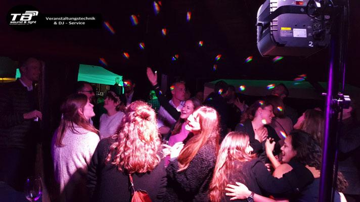 Hochzeits DJ auf dem Grillplatz der Waldfreunde Duisdorf