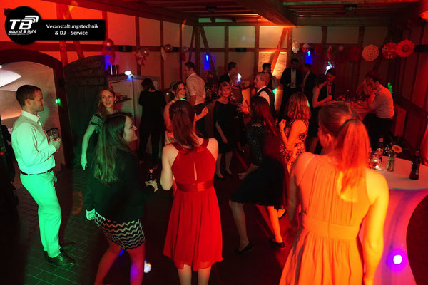 Hochzeits DJ Dernau im Weinkeller Dagernova