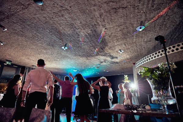 Hochzeitsdj auf der Godesburg Bonn - (c) www.bonder-hochzeitsfotografie.de