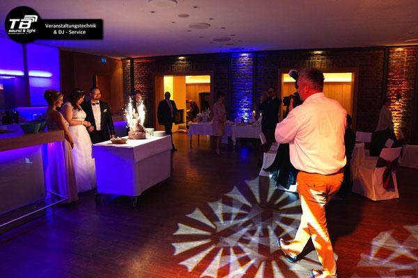 Hochzeitsdj im Burgpavillon der Burg Heimerzheim