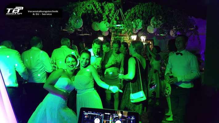 Hochzeits DJ in Ahrweiler - Adenbachhütte in den Weinbergen