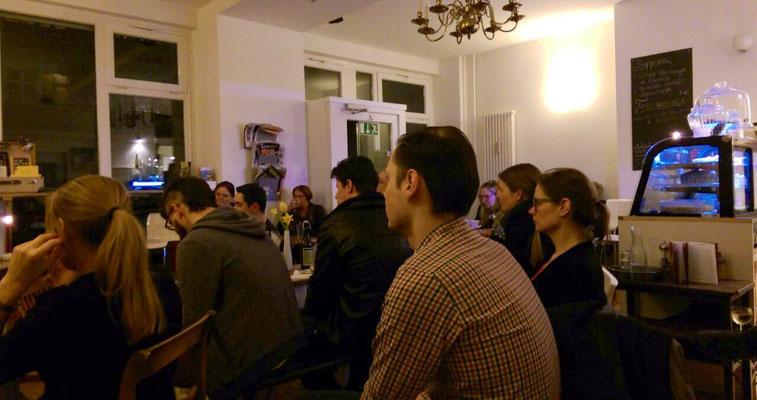 Heimatporno 5.0: Häschen-Diskount auf der Kaffeetassenwiese