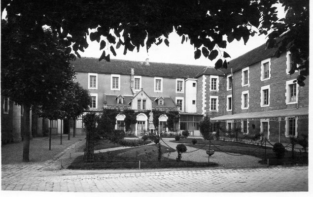 Cour intérieure 1934