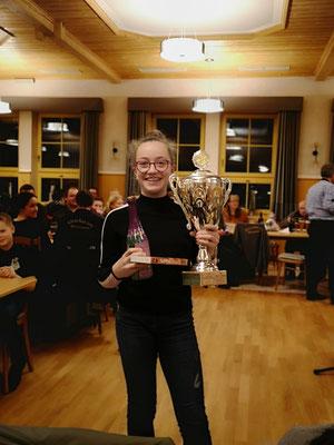 Bürgerschützenkönigin Eva Dichtl  -  mit dem Top-Ergebnis von einem 4,2 Teiler (=0,042mm außer Mitte)