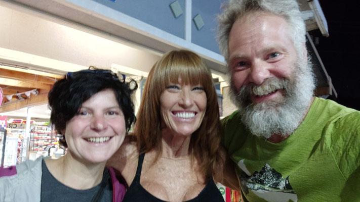 Mit Trish, die uns nach Seattle gefahren hat und am nächsten Tag extra nochmal kam um unser Postpaket im Hotel abzugeben. Lovely!