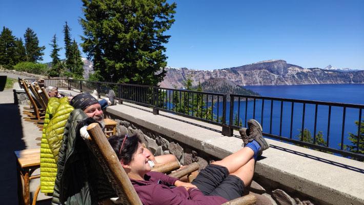 Im Crater Lake Resort lassen wir es uns gut gehen