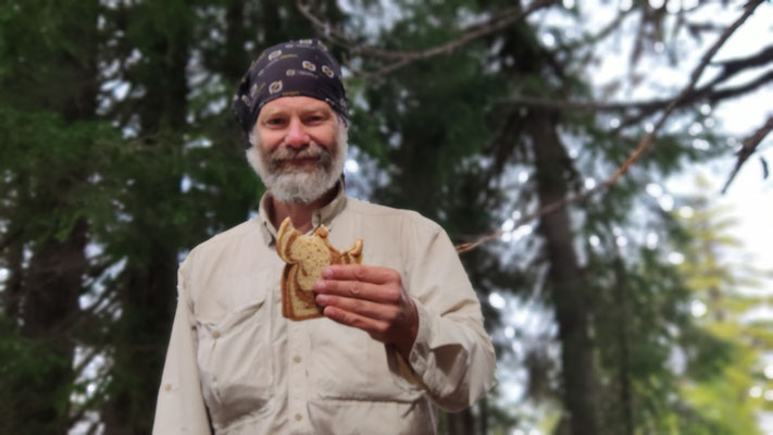 Endlich gutes Brot und guter Käse aus dem Elk Lake Resort