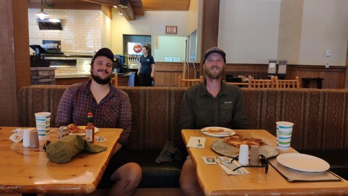 Ein Wiedersehen mit Jonas und Andy in Manzana