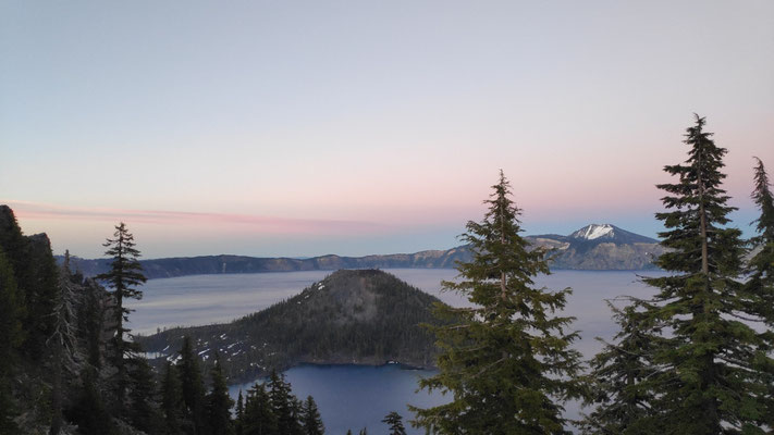 Sonnenuntergang am Crater Lake