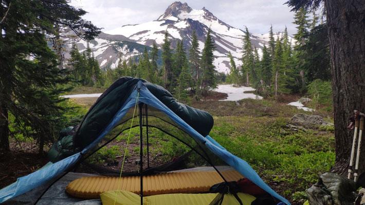 Zeltplatz mit Blick auf den Mt Jefferson