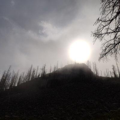 Dunkle Wolken lassen nichts Gutes erahnen ...