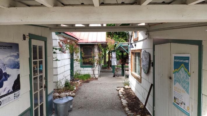 Hostel mit tollem Innenhof und Garten