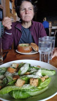Und einen Cesar Salat für Olli