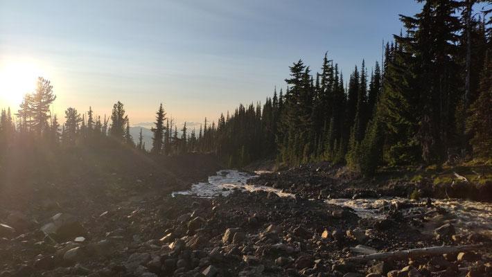 Adams Creek: schwieriges crossen am Abend