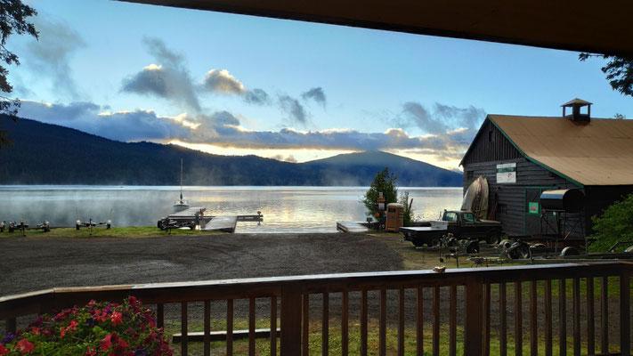 Toller Blick auf den See vom Wohnzimmer aus
