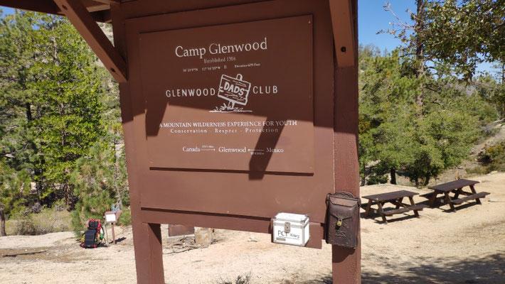 Camp Glennwood mit Wasserstelle