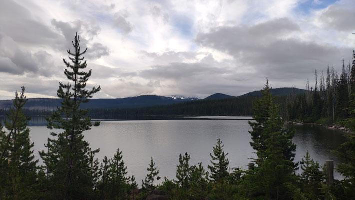 Olallie Lake am frühen Morgen