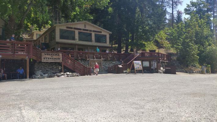 Stehekin, Lodge und Store