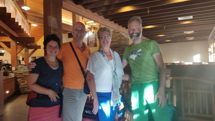 Ben und Ina aus Holland, die unser zweites Zelt mit zurücknehmen