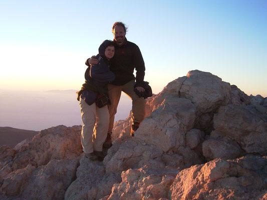 Teneriffa - Inselüberquerung 2007, auf dem Gipfel des Teide (3.718m) bei Sonnenaufgang