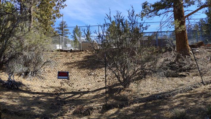 Skuriler, verlassener, privater Zoo