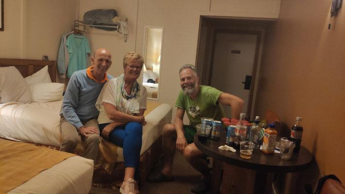 Bei Ina und Ben in der Cabin, Manzana Village