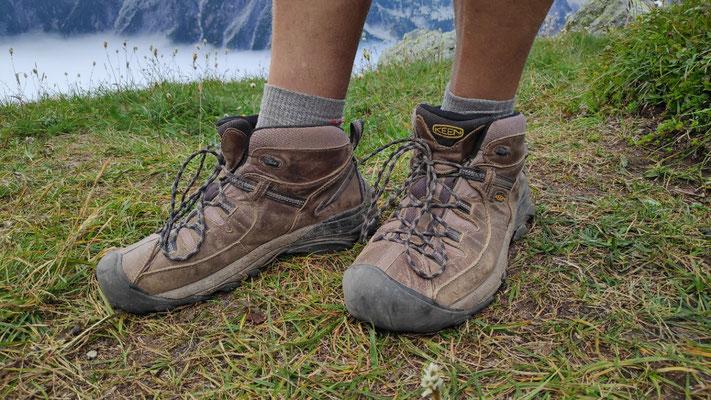 Olli's Übergangsschuhe aus der Hikerbox von Snoqualmie Pass