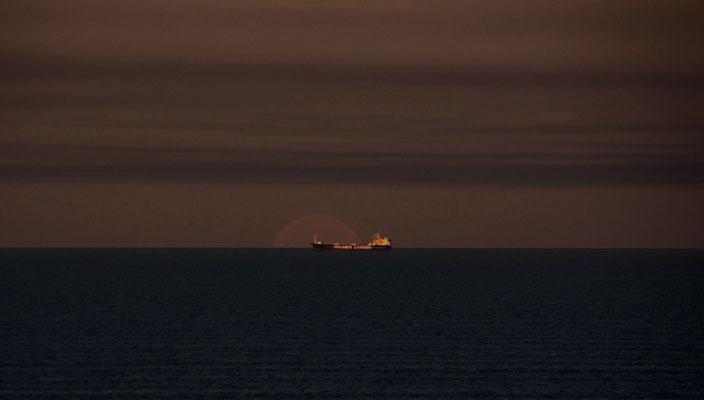 Monduntergang am Morgen