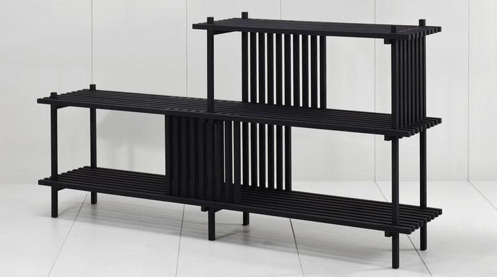 Meuble  à 2 niveaux en chêne massif teinté noir, Pierre Dubourg 2018