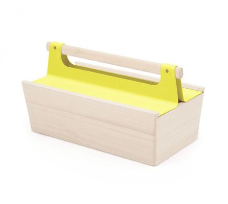 Boîte Lousiette fermée avec couvercle coulissant jaune. Pierre Dubourg 2014