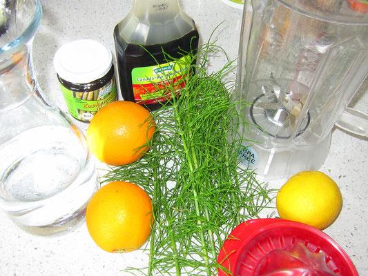 zutaten: zinnkraut, wasser, bio-zitrone, bio-orangen, süßungsmittel: ahorn-, spitzwegerich/fichtenspitzensirup oder agavendicksaft