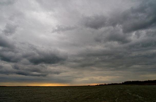 Schlechtwetterfront auf dem Heimweg
